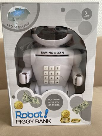 Робот сейф Robot Piggy Bank с кодовым замком и настольная лампа.