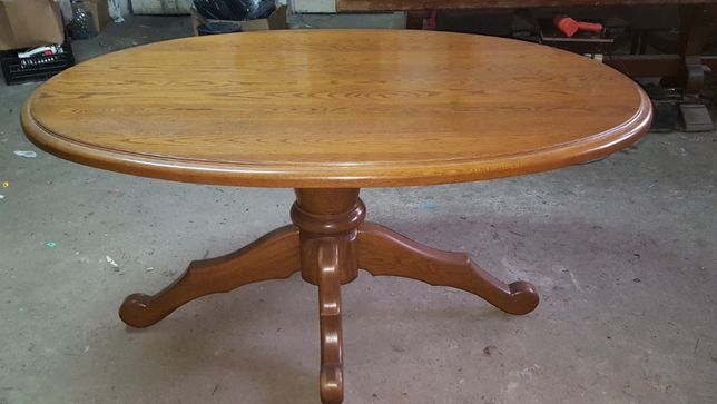Stół drewniany owalny (dębowy)