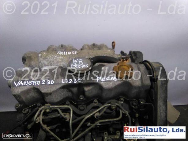 Motor Para Peças  Nissan Vanette Cargo Autocarro (hc 23) 2.3 D