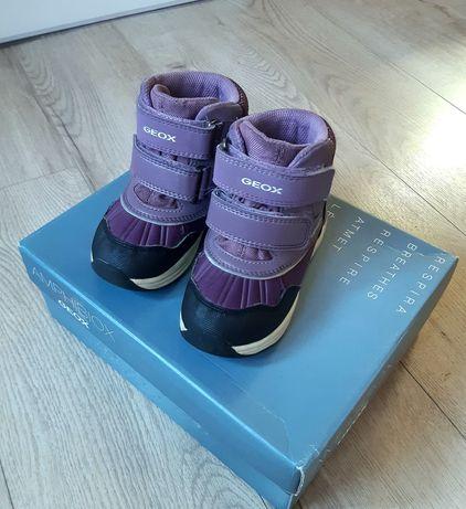 Зимние термо ботинки Geox Amphibiox 23р. на девочку.