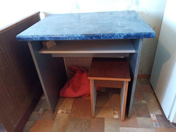 Стол кухонный,  новый