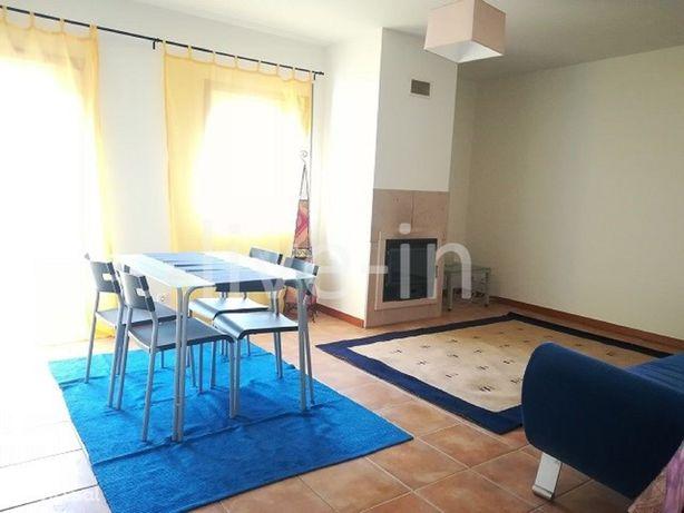 Apartamento T1 com garagem fechada próximo de Aveiro