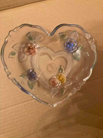 Patera w kształcie serca