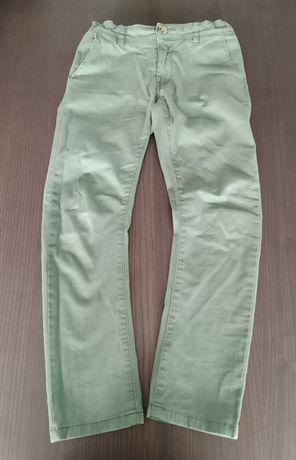 Spodnie Cubus regular chinosy bawełniane r. 134