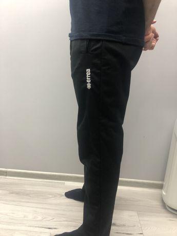 Spodnie dresowe Errea