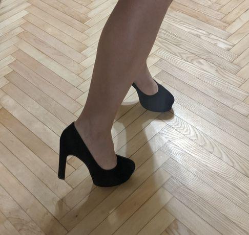 Туфлі чорні Kasandra шкіра замш. Туфли черные, кожа, каблук