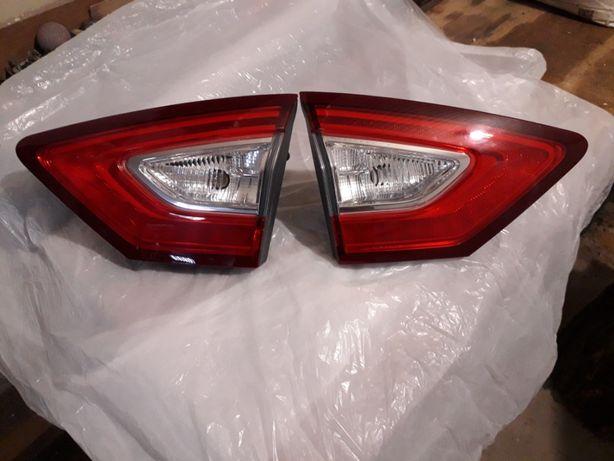 фонари задние в крышку багажника форд фьюжен титаниум 2014 г.в