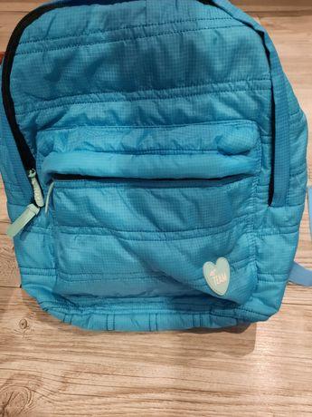 J.nowy super plecaczek plecak 4F dla dziewczynki pikowany