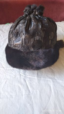 Женская шапка с норкой