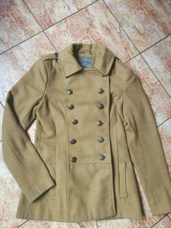 Kremowy płaszcz Top Secret rozm 36 XS