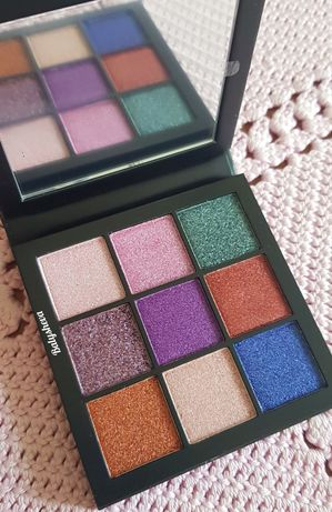 Huda Beauty Gemstone obsession палетка теней для глаз