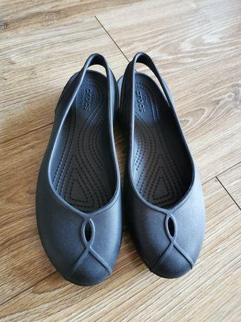Czarne damskie buty crocs W7