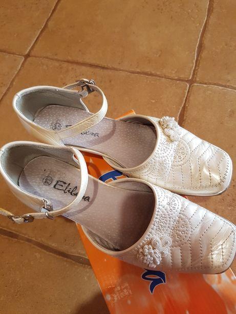Eleganckie buty komunijne czółenka rozm.34