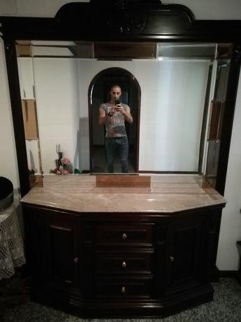 Aparador cerejeira com espelho