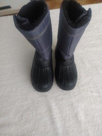 Buty Damskie śniegowce marki cortina rozmiar 37 , dł wkładki 24cm