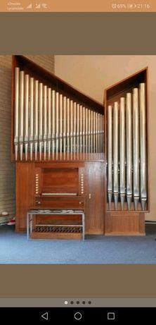 Piszczałkowe organy kościelne mechaniczne