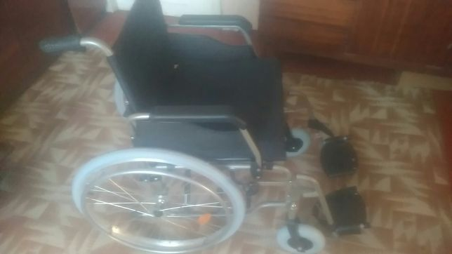 Продам інвалідну каляску