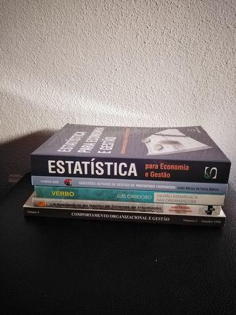 Livros de gestão.