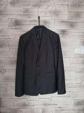 Szary garnitur na 176 cm