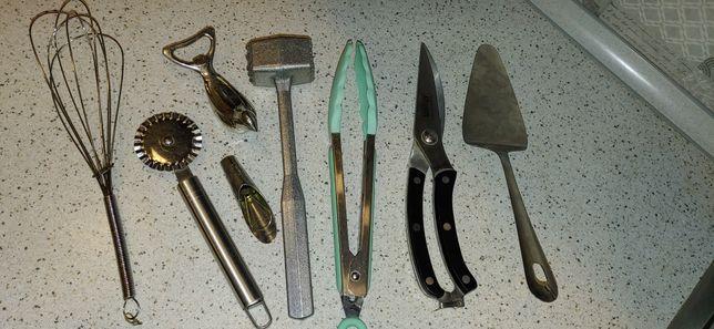 Лопатка для торта венчик ножницы молоток открывачка резак