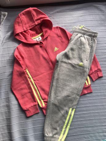 Śliczny dres dla dziewczynki Adidas ideał !!