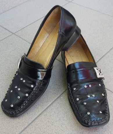 Кожаные чёрные туфли на плоском ходу, 38 размер