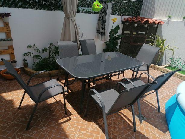 Mesa jardim com 6 cadeiras