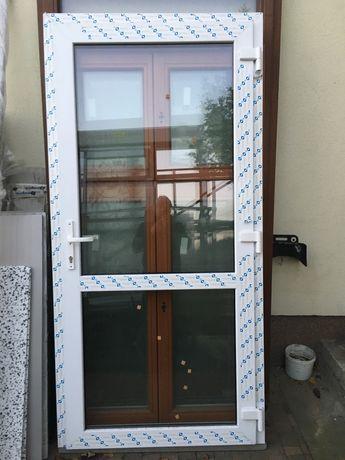 Drzwi pcv kolor biały nowe