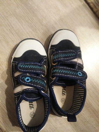 Buty trampki 26 dla chłopca