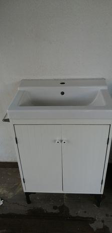 Móvel de casa de banho com lavatório (ikea)