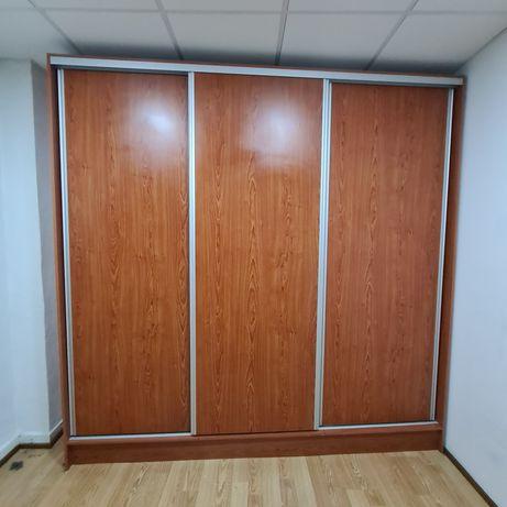 Roupeiro 3 portas