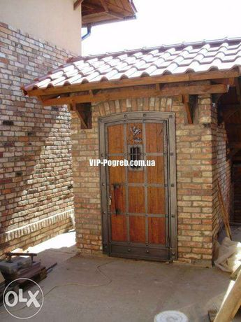 Двери входные в старинном стиле бронидверь