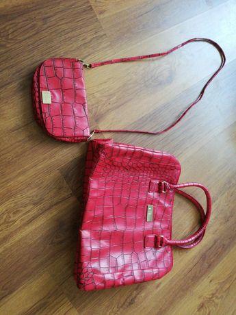 2 czerwone torebki za 15 zł