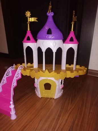 Zamek dla koni Domek dla koni