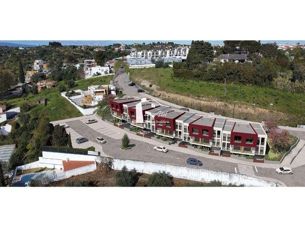 Moradia T3 com garagem e vista para o Convento de Cristo
