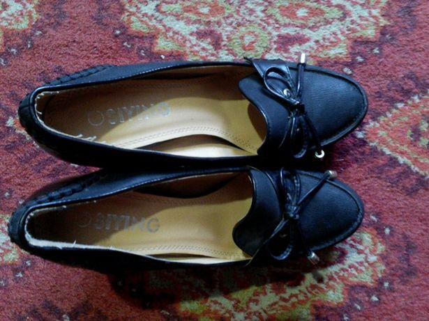 Женские туфли 39р