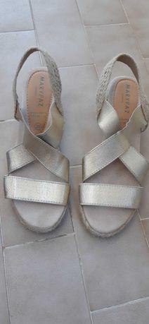 Sandálias de cunha