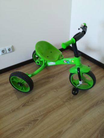 Велосипед трьохколісний kids