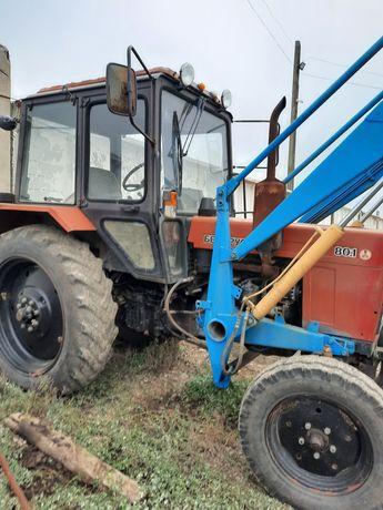 Трактор МТЗ 80 фронтальный погрузчик