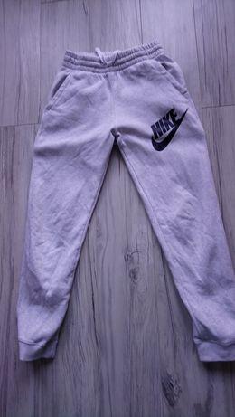 Spodnie dresy Nike 158, 12-13 lat