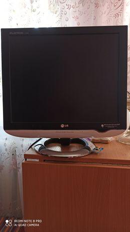 Продам монитор LG в хорошем состоянии