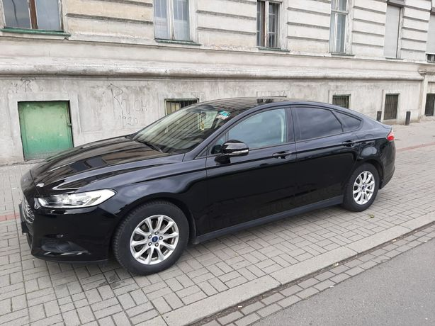 Ford mondeo mk5.