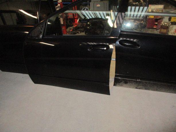 Portas Mercedes R320