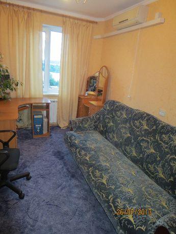 Сдам комнату в 2-ух комн. квартире, ул. Малиновского,13. Метро рядом!