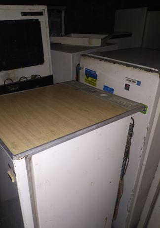 Холодильник возьмём