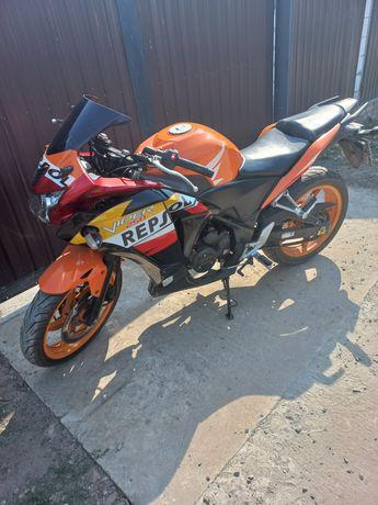 Мотоцикл Viper v250cr