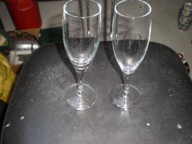 2 copos champagne