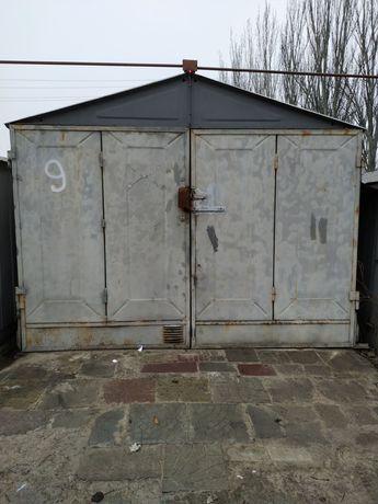 Продам гаражи с подвалом на всю площадь