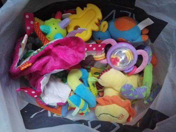 Zabawki, zawieszka
