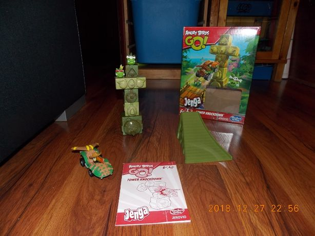 Angry Birds Go! Tower Knockdown